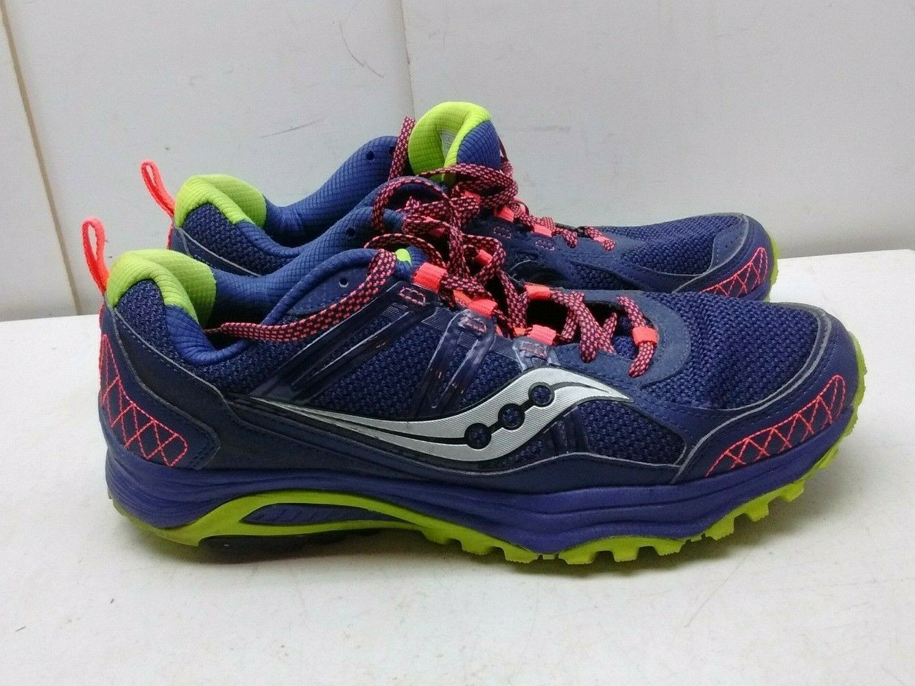 Saucony Excursion Purple Synthetic Athletic Sneaker Running Women's shoes 11M 43