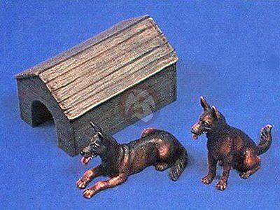 Verlinden 1/35 German Shepherd Dogs (Alsatian) w/Wooden Doghouse (2 Figures) 248