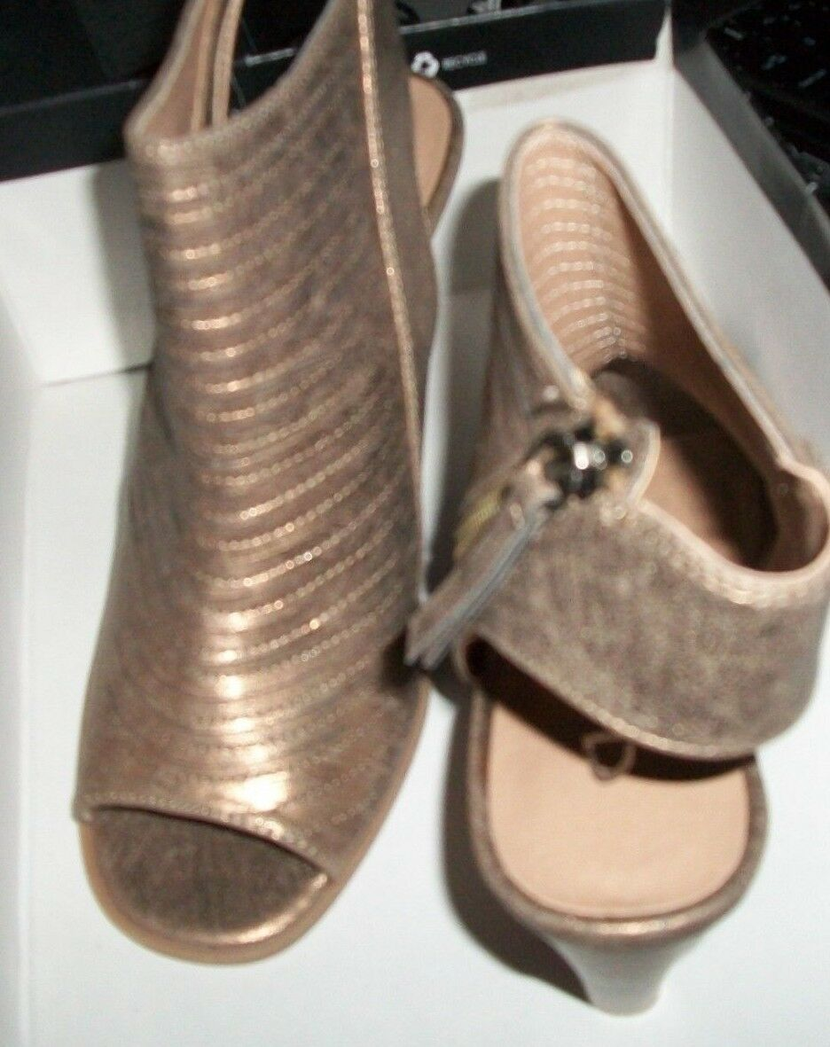 CL by  Laundry  Wedge Wedge Wedge RUNWAY SHIMMER BRONZE, SIZE 8.5  EUR 39 4eb7b3