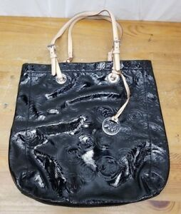 d538badca006 Michael Kors Tote Bag Patent Leather Black Medium MK Logo Circle 15 ...