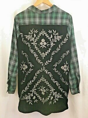 Democracy Womens 3//4 Sleeve Embroidered Plaid Top