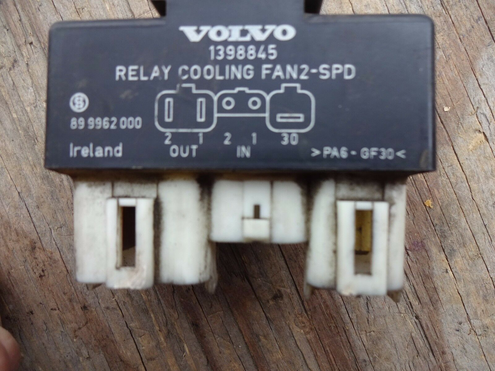 Volvo Cooling Fan Relay 1398845 3523872 94429339 Ebay 1996 850 Electric System Schematic Car Pictures