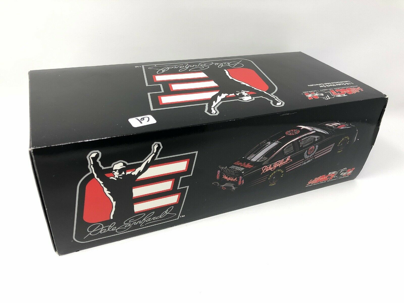 1 18 Dale Earnhardt 2002 Legacy Legacy Legacy Chevy Monte Carlo. NASCAR ACTION LIMITED EDITION 734641