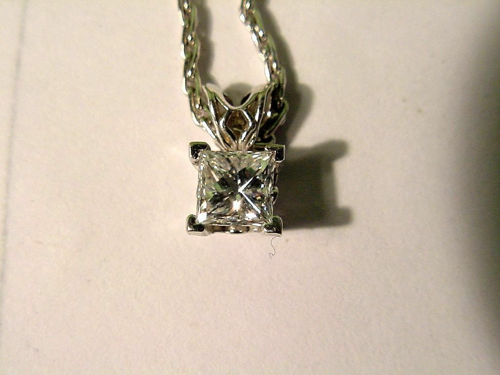 14 KT Solid gold & .75 Ct Princess Cut Diamond Pendant & Chain 2.58 Grams