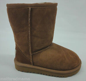 6065b54f07d Details about UGG Kids/Youth Girls Classic Short Boots 5251Y Chestnut Size 6
