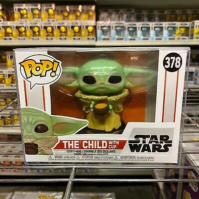Funko POP Star Wars The Mandalorian The Child with Cup Figure w// Protector