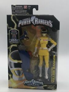 Saban's Power Rangers in Space Legacy Collection Yellow Ranger  6 Figure Bandai