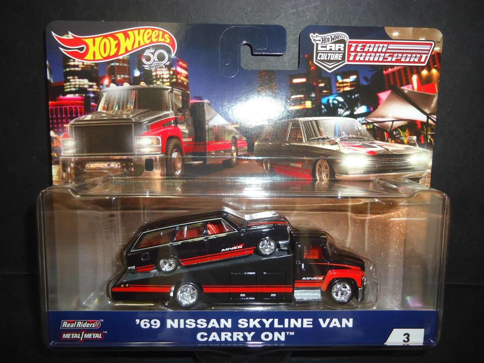 Hot Wheels Carry on Nissan Skyline Wagon ADVAN Team Transport FLF56-956A 1 64