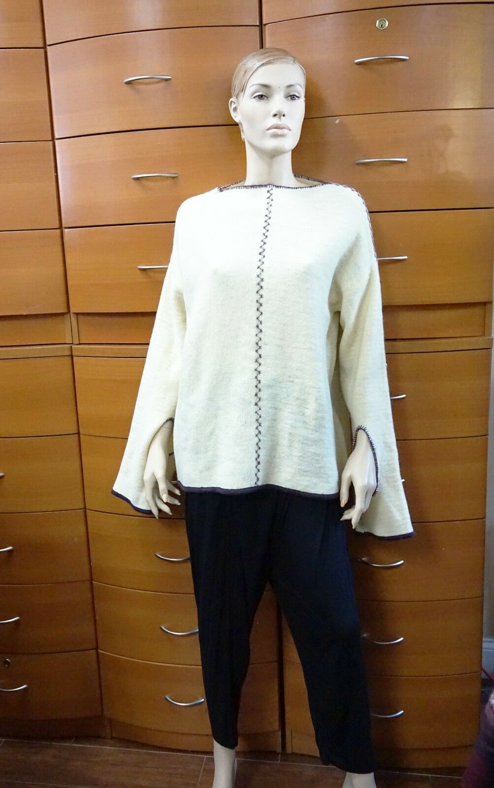 UNIQUE WOOL SWEATER Artsy Extra Long Sleeve Off White Tunic Handmade In Europe
