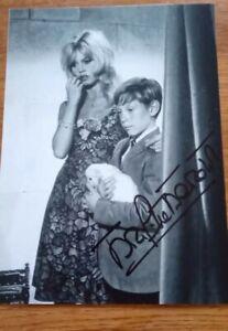 Autographe dédicace De Brigitte Bardot