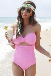 NEW-WOMEN-039-S-PINK-SCALLOPED-ONE-PIECE-SWIMSUIT-SIZE-S-M-L