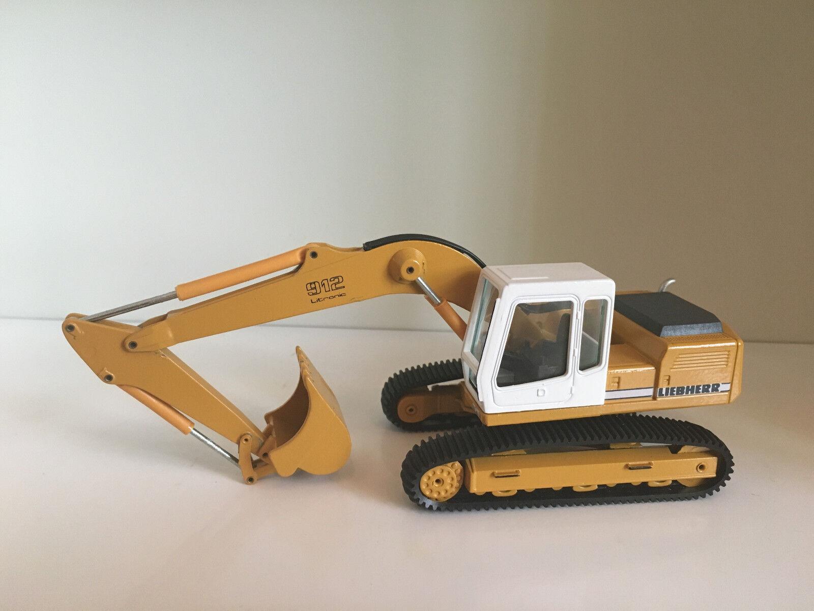 Liebherr R 912 Crawler Excavator by Conrad 2829 1 50