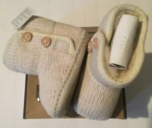 73756c3bd54 Details about Ugg Australia I Purl Baby Girl Boots Ivory Size 6-12 Months  Infant Small 2/3