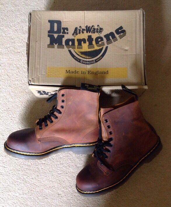 RARE ANNI'90 VINTAGE Dr imbottita Martens Ranger Stivali Aria imbottita Dr marrone taglia 8 NUOVO 883600