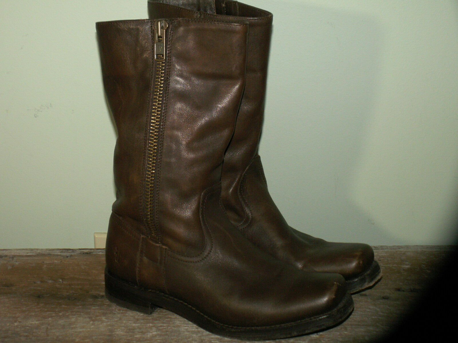 Frye Brown Leather Motorcycle Square Toe Outside Zipper Boots Women's Size 8.5B
