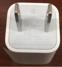 Apple 5W USB Power Adapter MD-810LLA