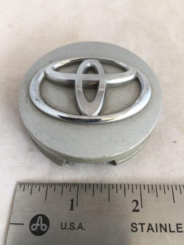 OEM Toyota Corolla Venza Solara Sienna Wheel Center Hubcap Hub Cap OE 2994 H G