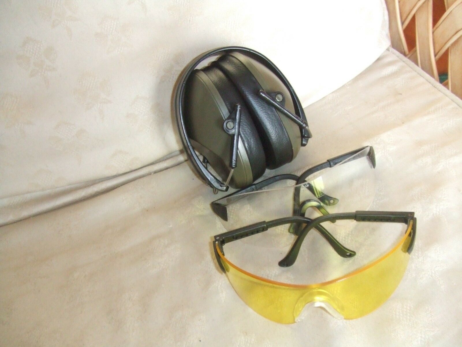 Game Rifle Clay Pigeon Shooting Safety Glasses & Compact Ear Defenders Defenders Ear Muffs cb5702