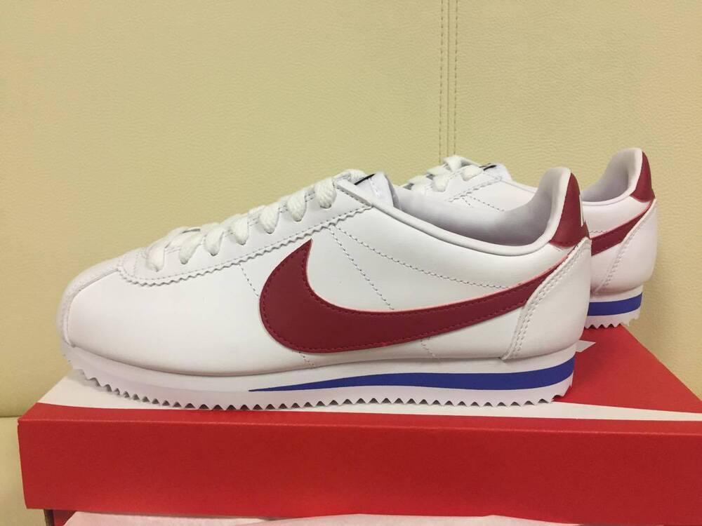 Nike WMNS Classic Cortez Leather 807471-103 Forrest Gump BLANC Varsity Red Shoes Chaussures de sport pour hommes et femmes