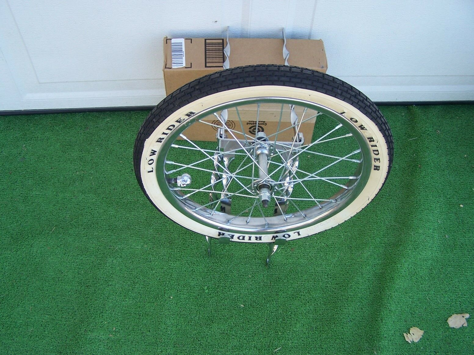 BICYCLE 20   TWISTED SPARE TIRE  KIT WITH WHEEL TIRE BIKE  BMX LOWRIDER OTHERS