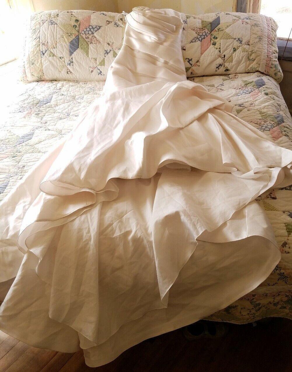 Jasmine Couture Ivory Wedding Dress Size 10 - image 1