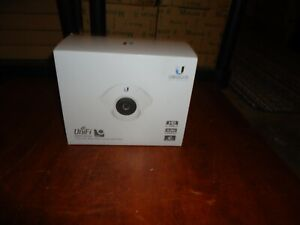 UBIQUITI-UNIFI-720p-INDOOR-WIDE-ANGLE-IP-CAMERA-W-INFRARED-PART-UVC-DOME-NEW