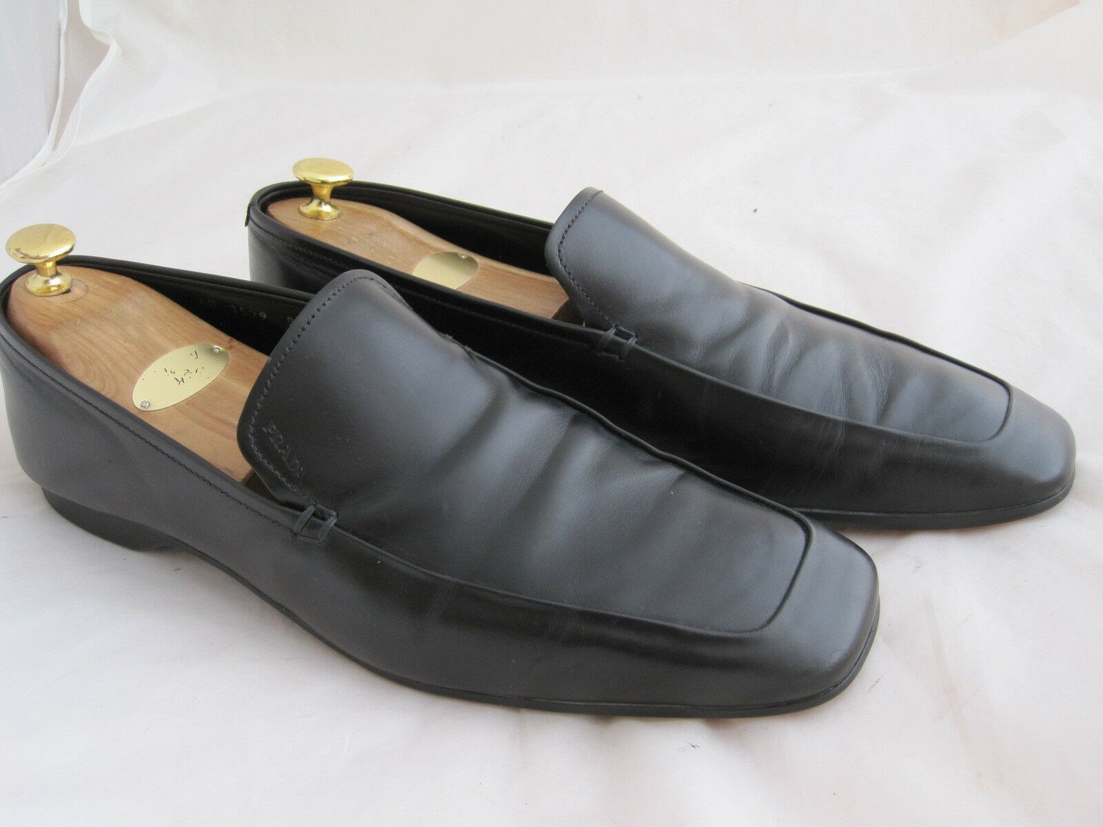 Prada Herrenloafer in 44 / UK 9,5 / Topzustand / Schwarz/ NP