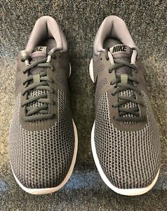Details about NIKE Men's Revolution 4 Running Shoe NEW W BOX!! FREE SHIPPING!!!