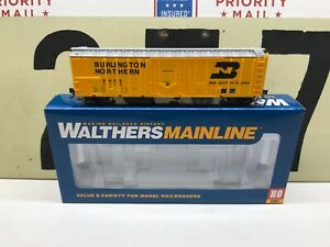 Walthers-Ho-Scale-BN-Burlington-Northern-50-Mechanical-Reefer-RD-5115-RTR-New