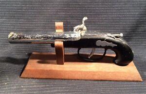 Details about Vintage TABLE LIGHTER Flint Lock Tinder Pistol Muzzle Loader  Gun NEAT Lighter