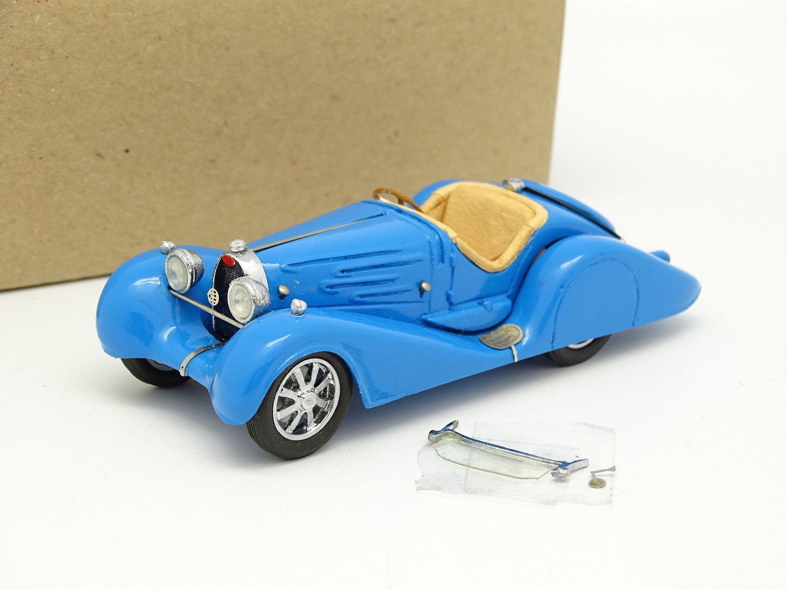 DB Models Kit Assembled Resin 1 43 - Bugatti T35B Bodied bluee