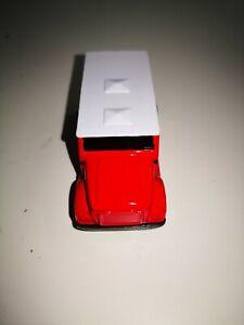Maisto-Red-amp-White-Armored-Van-1-64-vetrina-modello-da-collezione-mattoncini-RAR