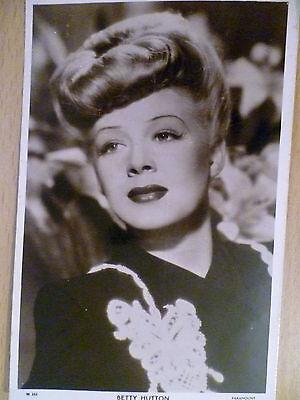 PICTUREGOER /'W/' Series 1940s Film Star Postcards #W448 to #W546
