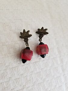 Vintage-Red-Petrified-Wood-Earrings