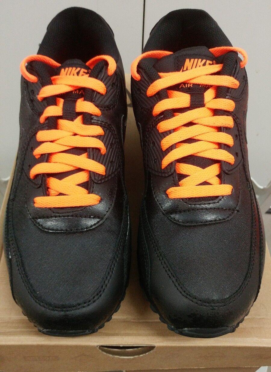 DS Nike Air Max 90 Premium Black Total orange Halloween Size 9.5 333888-004