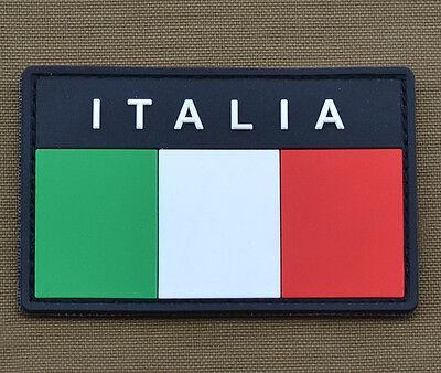 Toppa 3D Patch Scretch ITALIA Bandiera ITALIANA in PVC su bianco con velcro