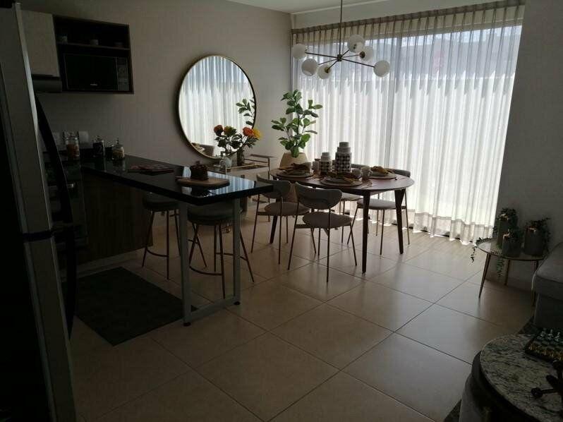 Al Norte de Aguascalientes Coto con Casa Club, Alberca Semi-olímpica, etc. a minutos de Altaria