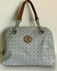 NEW-TOMMY-HILFIGER-OFF-WHITE-GRAY-DOME-BOWLER-SATCHEL-PURSE-BAG-89-SALE