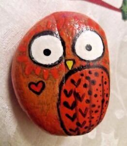 ORIGINAL-Cute-Owl-Hand-Painted-Rock-ART-Stone-Orange-and-Red-Owl-Painting