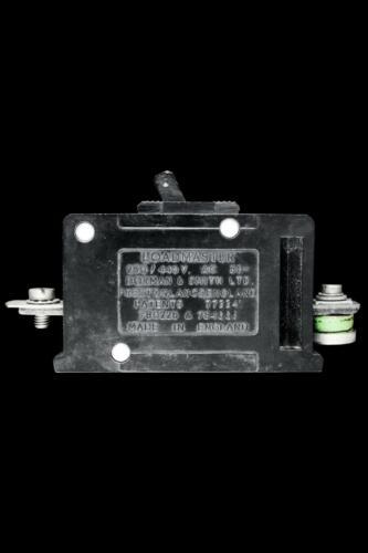 DORMAN SMITH 5 AMP MCB CIRCUIT BREAKER 250//440V LOADMASTER