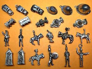 Ambitieux Vintage Sterling Silver Charms England 2 Queen Liz Cab Bobby London Church