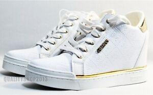 GUESS Women's Flowurs Sneaker white