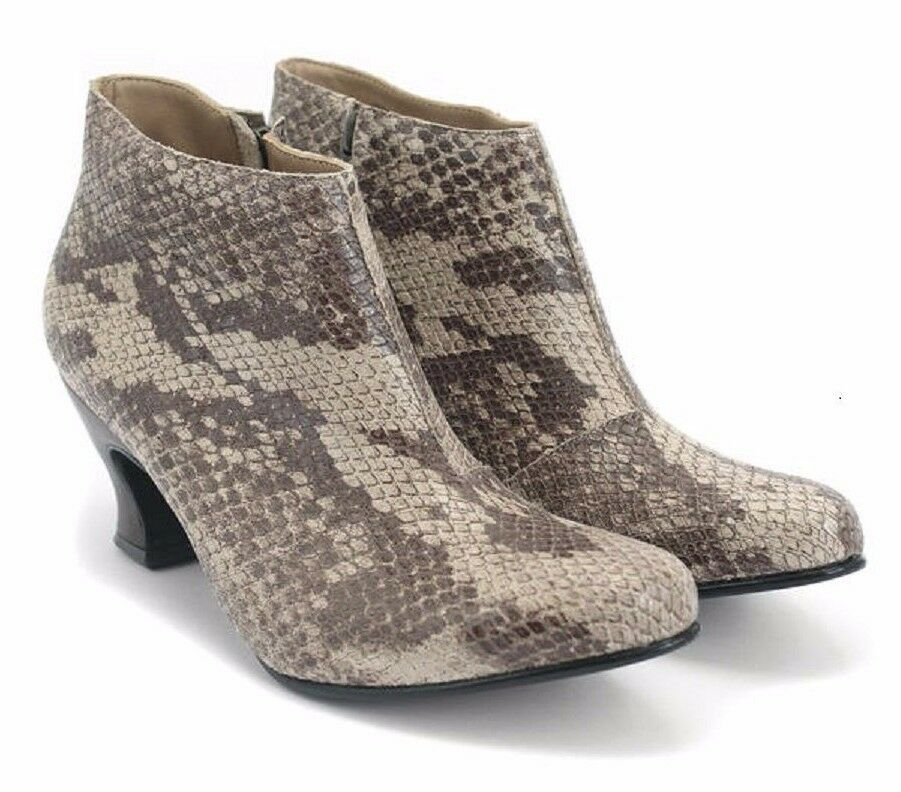 JOHN FLUEVOG SHOES WONDERS LYNX LOW HEELED BOOTIES ANKLE BOOT 8 $325 BROWN SNAKE