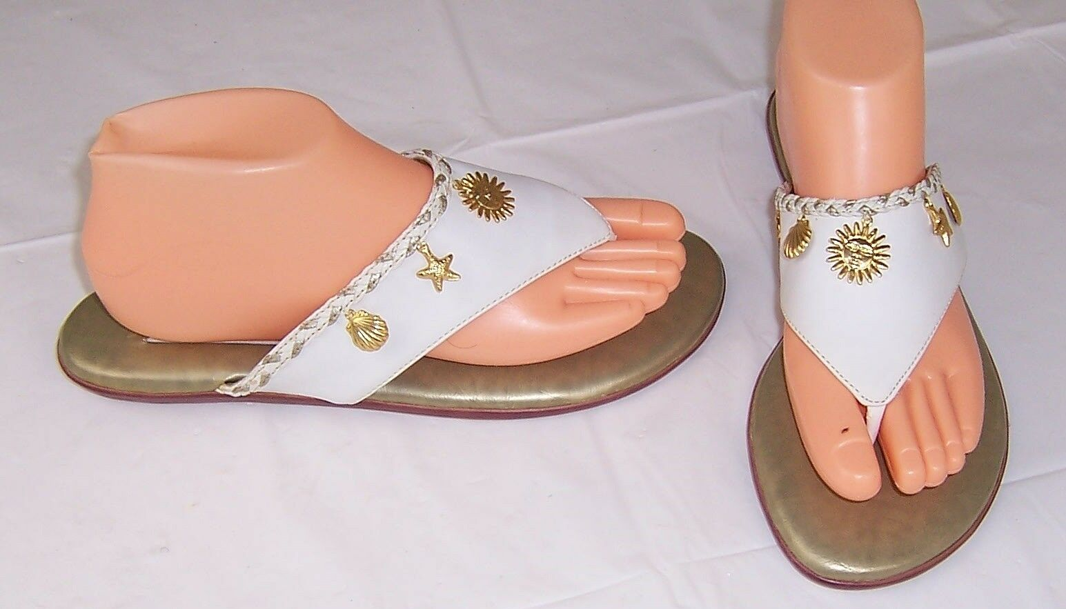 Prima Royale Flat Thongs,Bayside White,Seashell Charms,Sandals,Women's Size 9 M