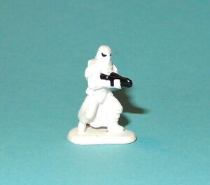 STAR-WARS-Micro-Machines-IMPERIAL-SNOWTROOPER-Luke-Hoth-playset-figure-1P