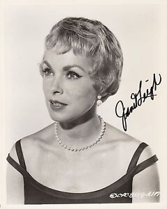 JANET LEIGH HAND SIGNED TELEVISION AND FILM ACTRESS C