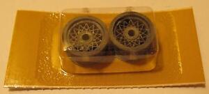039-60s-Cox-1-24-Threaded-Magnesium-Front-Chaparral-Wheels-14032-MOC