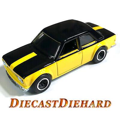 2019 Hot Wheels 50 Car Display Case '71 Datsun 510 Yellow Premium Collector Car