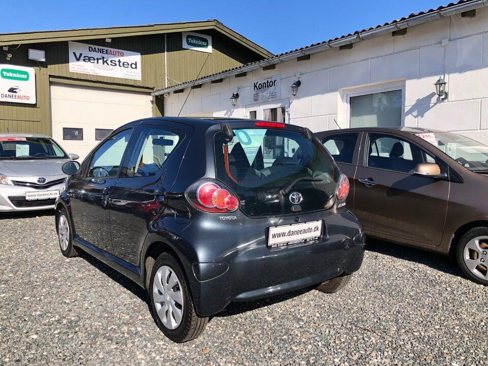 Toyota Aygo 1,0 VVT-i T1 Benzin modelår 2012 km 217000