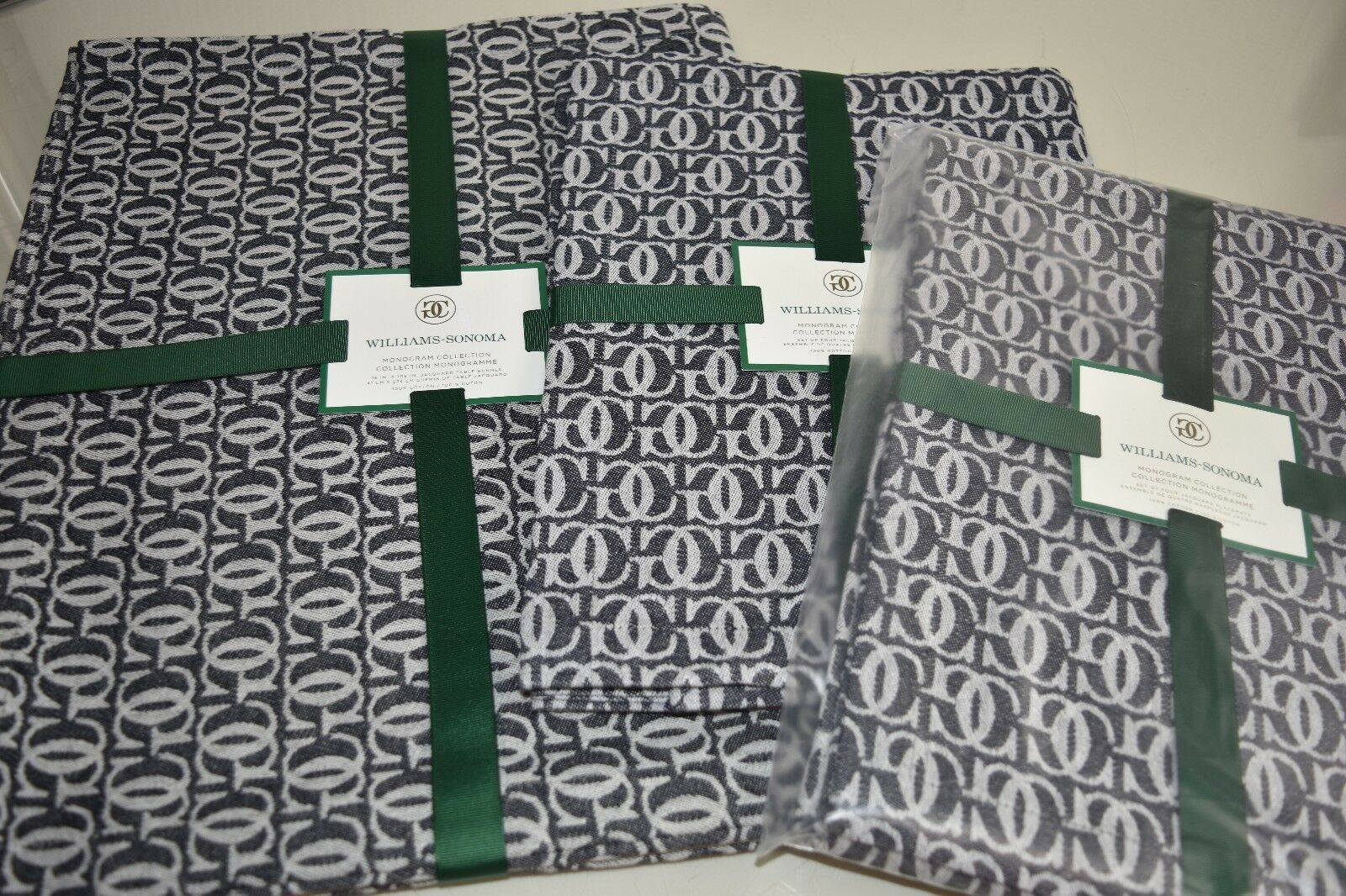 Neuf Williams Sonoma Grande Cuisine Monogramme 9 Pc Set Tapis Lieu +